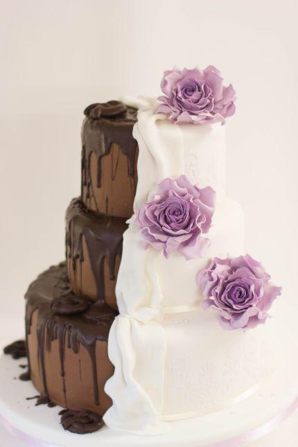 Hochzeitstorte zweigeteilt