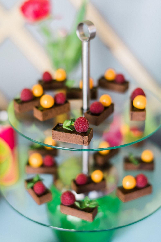 neon_hochzeit-Stuttgart-sweet-candy-table-schokolade