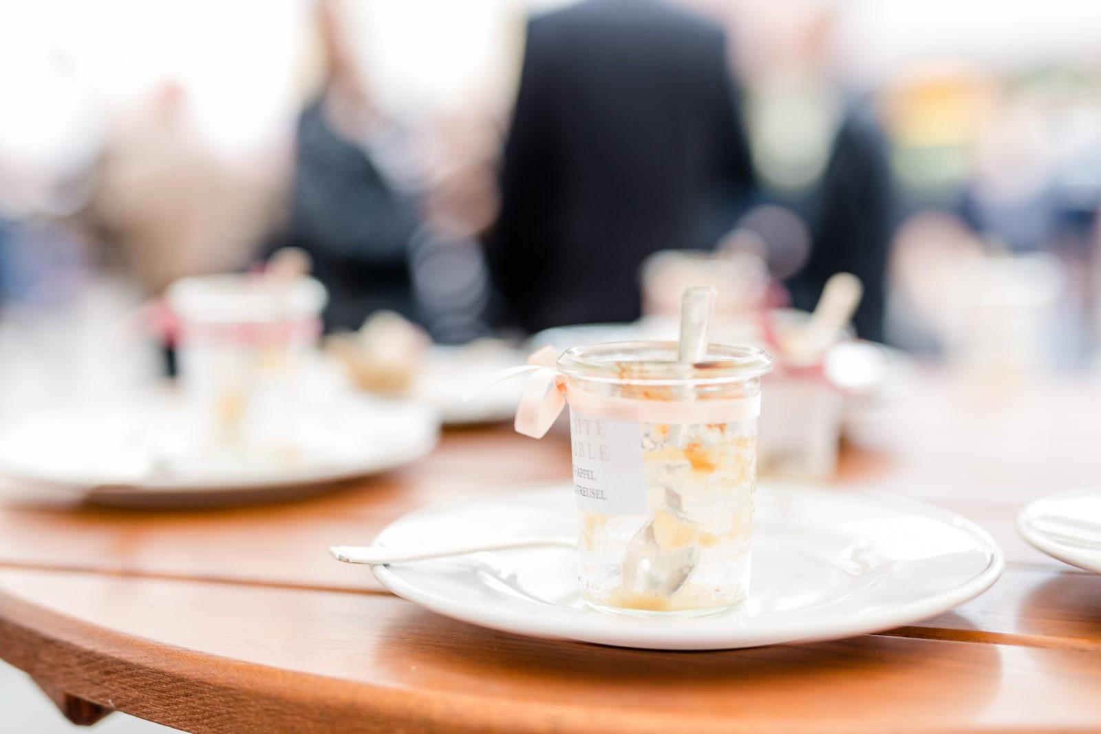 sweet-candy-table-blus-aprikot-stuttgart-rosen