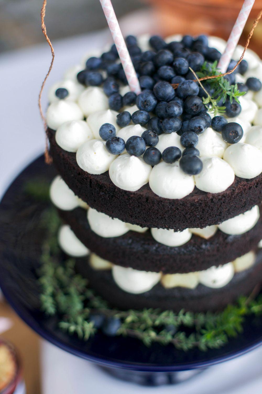 naked-cake-blaubeeren