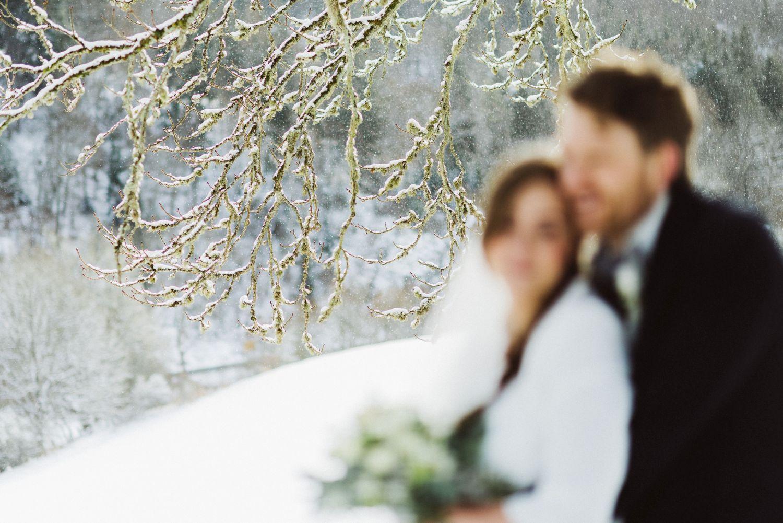 brautpaar schnee