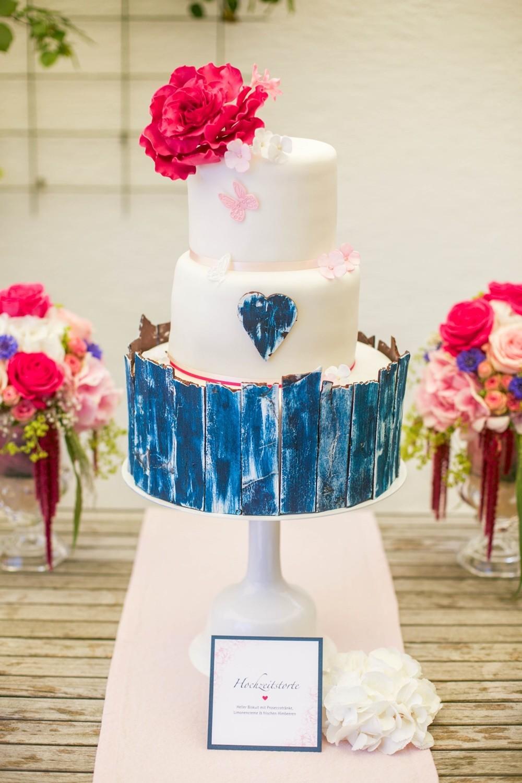 Hochzeit Sweet Table Hochzeitstorte blau