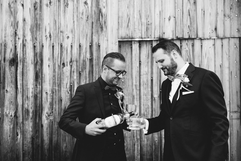 Hochzeit maisenburg gold taupe hochzeitstorte suess-und-salzig sweet candy table