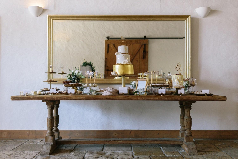 Hochzeit maisenburg gold taupe hochzeitstorte suess-und-salzig taupe gold