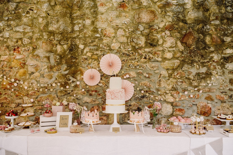 Hayingen_Maisenburg_Hochzeitstorte