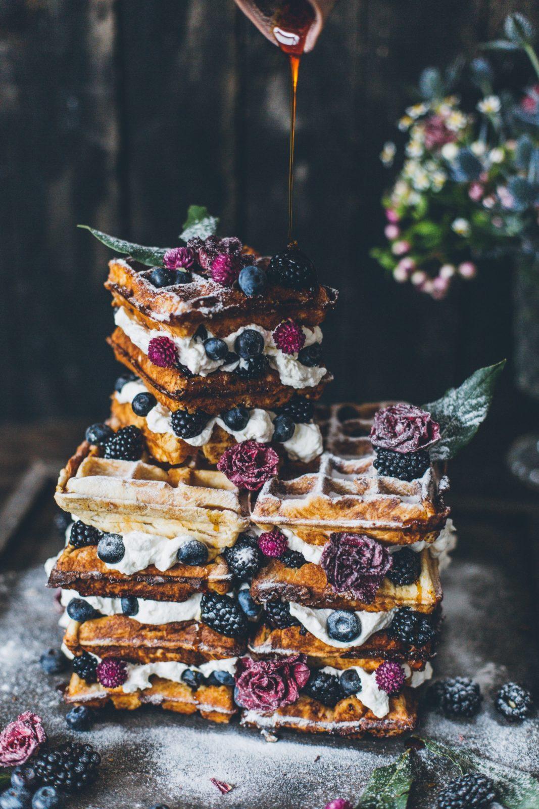 wafflecake_nakedcake- foodstyling_hochzeitstrend