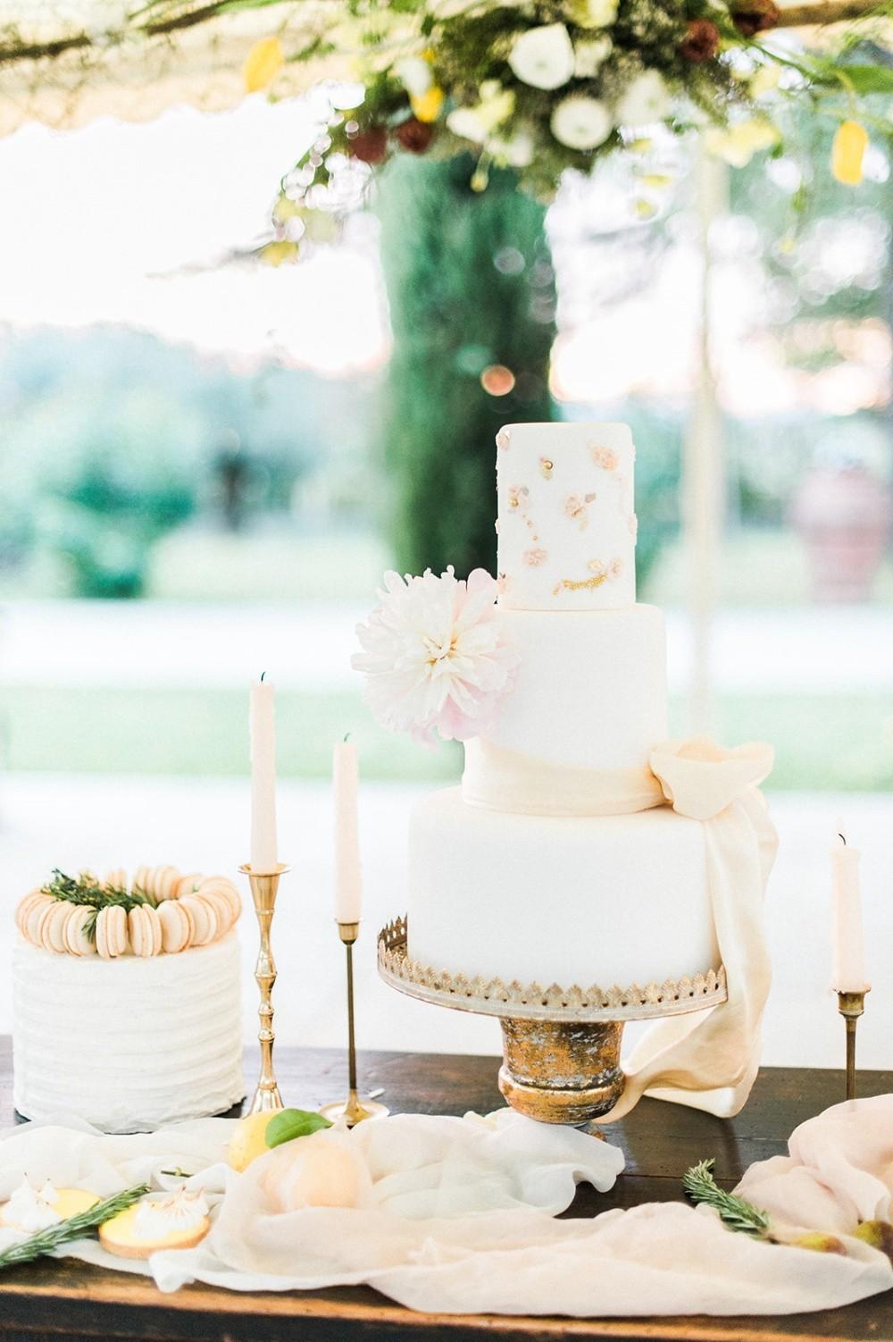 Hochzeitstorte Fine Art suess-und-salzig