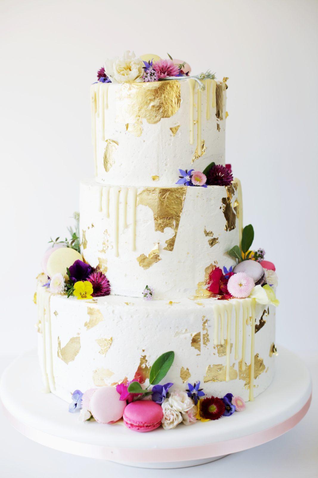 industrial cake-semi naked cake-hochzeitstorte-