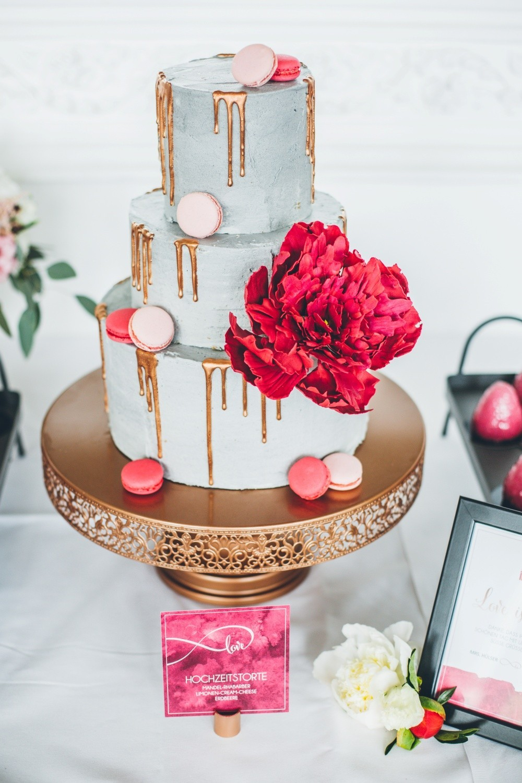 Sweettable-rosegold-hochzeitstorte-allgaeu_ Krohz