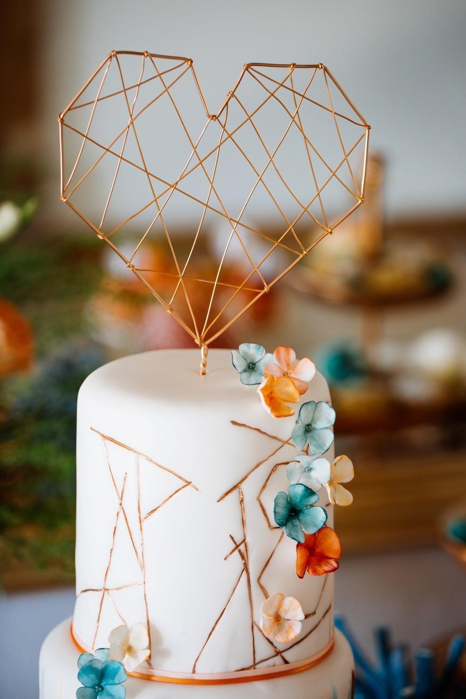 Hochzeitstorte-Maisenburg_Hayingen_