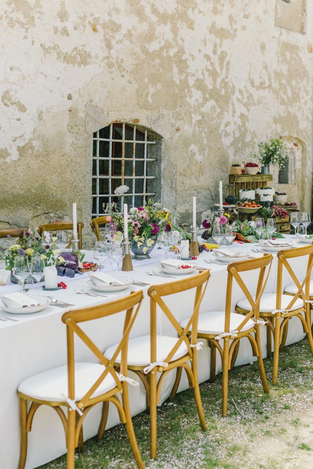 Hochzeitstafel-nachhaltig-dekoriert-