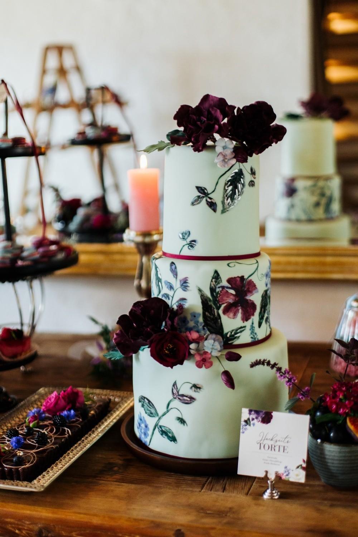 bemalte Hochzeitstorte