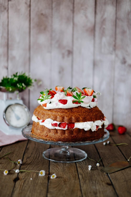 Gugelhupf-Erdbeeren-
